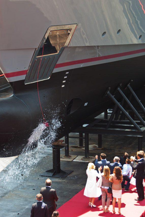 facilities-dry-docking-floating-docking-hauling-launching-1