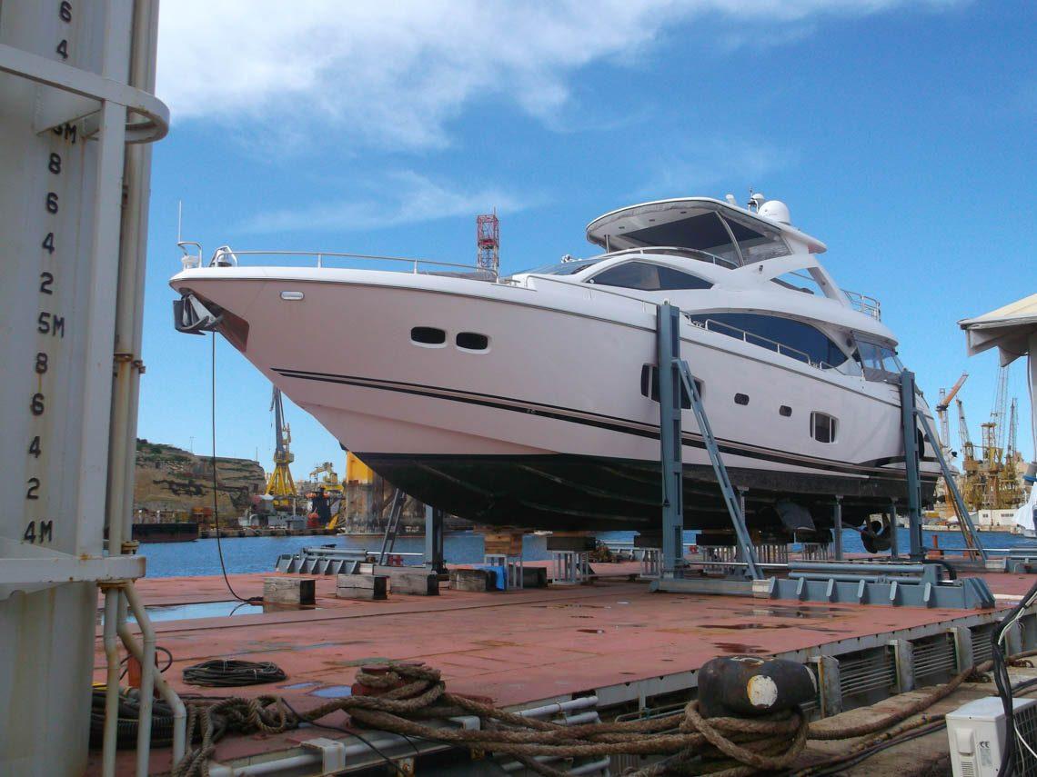 facilities-dry-docking-floating-docking-hauling-launching-3