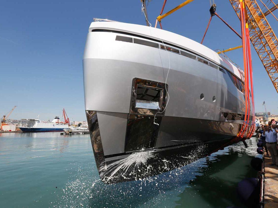 facilities-dry-docking-floating-docking-hauling-launching-5